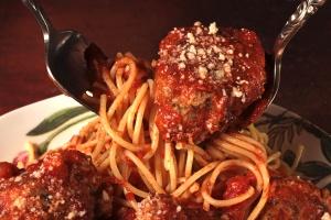 27996_spaghetti_meatballs_600