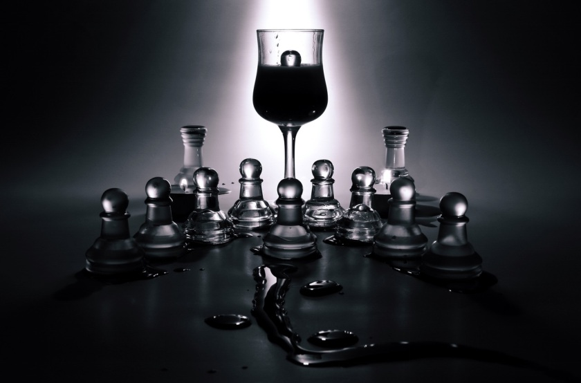 black-and-white-glass-game-chess