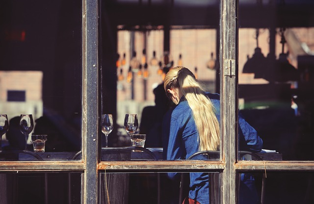 restaurant-926135_640